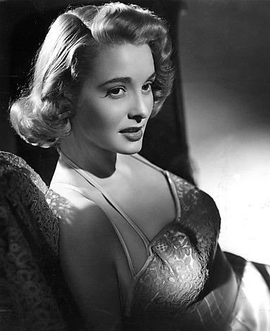 Star of the Month: Patricia Neal