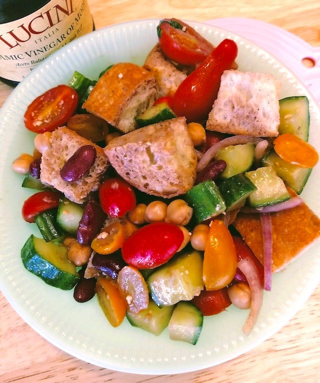 Hearty Panzanella Salad