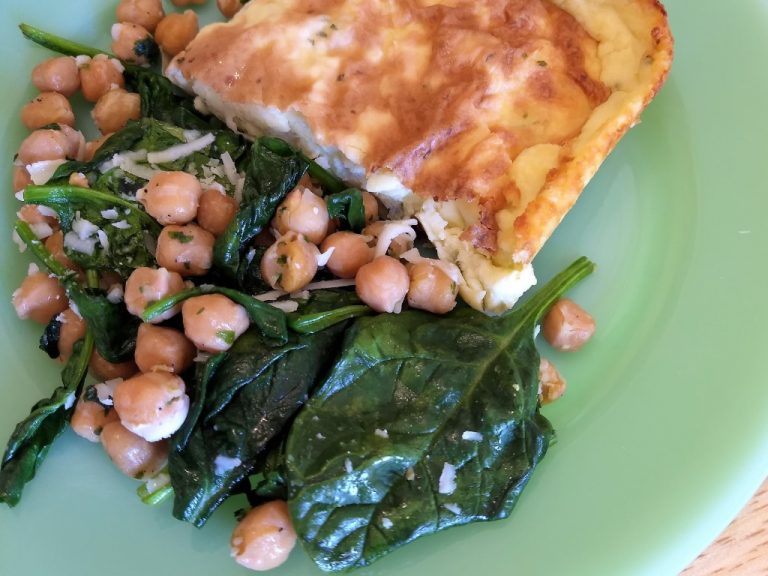Sauteed Garbanzo Beans and Spinach